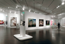 Denver_Art_Museum_-_Interior_03
