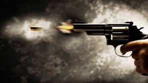revolver-bullet-1366x768