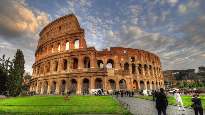 colosseum_rome_italy_tourists_attractions_hdr_25486_3840x2160.jpg